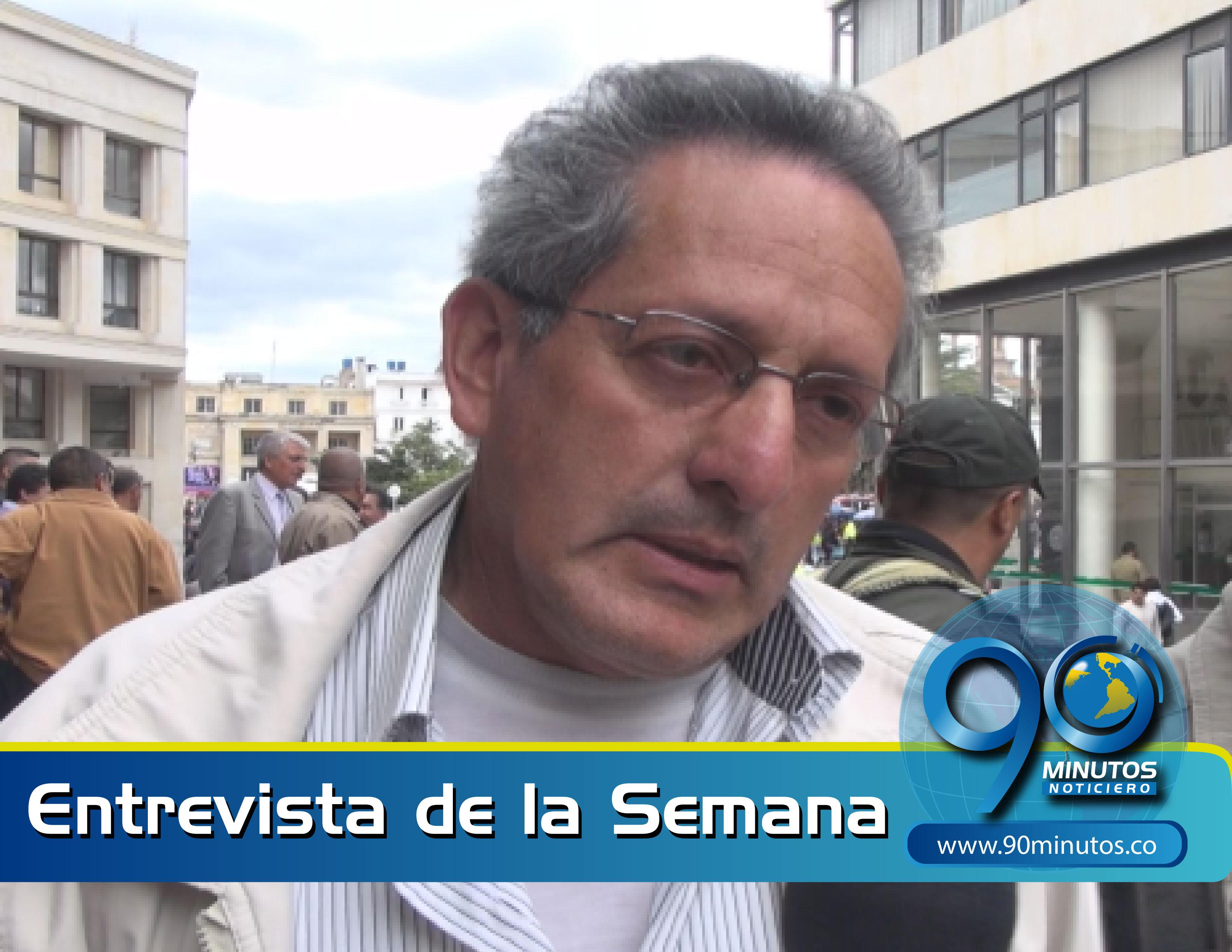 """""""Santos está violando el artículo 65 de la Constitución porque no está protegiendo la producción nacional"""""""