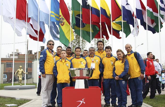 Colombia en la inauguración de los I Juegos Suramericanos de la Juventud Perú 2013.