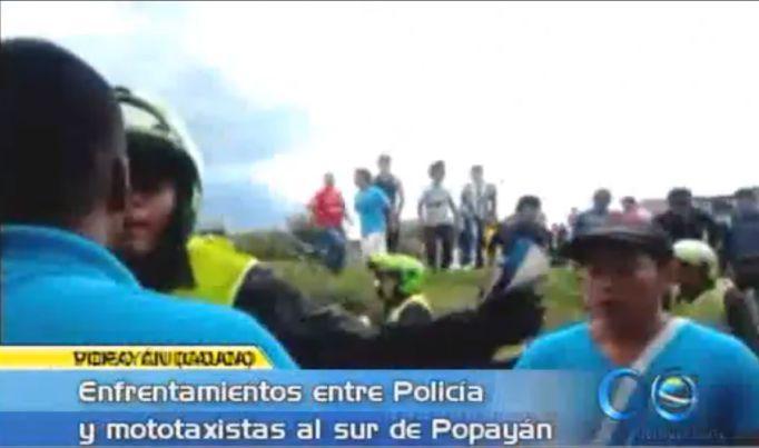 En Popayán se enfrentaron mototaxistas y Policía