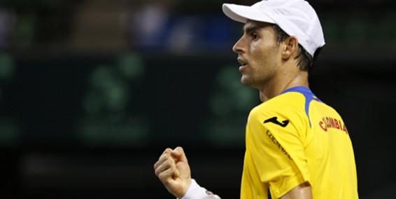 Colombia y Japón empatados tras primera jornada de la Copa Davis