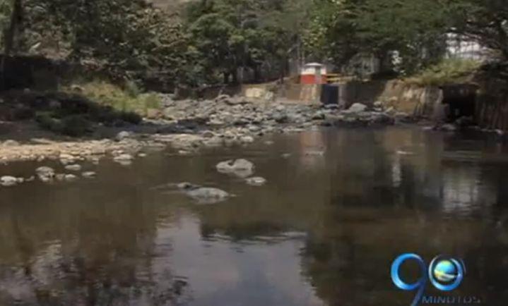 Denuncian altos niveles de mercurio en agua del río Cali