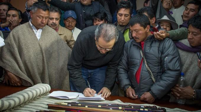 Firman acuerdo para desbloquear vías en Nariño