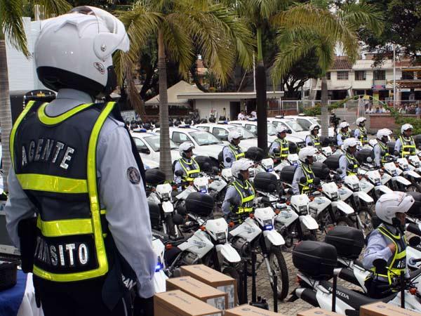 Atracaron vehículo de foto detecciones de la Secre. de Tránsito