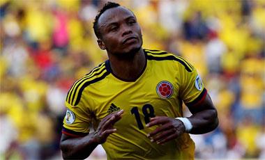Camilo Zuñiga Primera baja de Colombia ante Chile y Paraguay