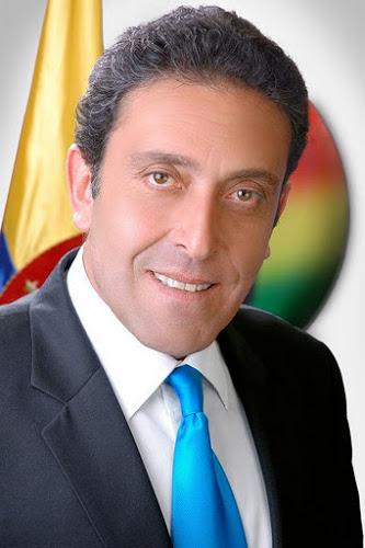 Gustavo Muñoz deberá responder por los delitos de injuria y calumnia