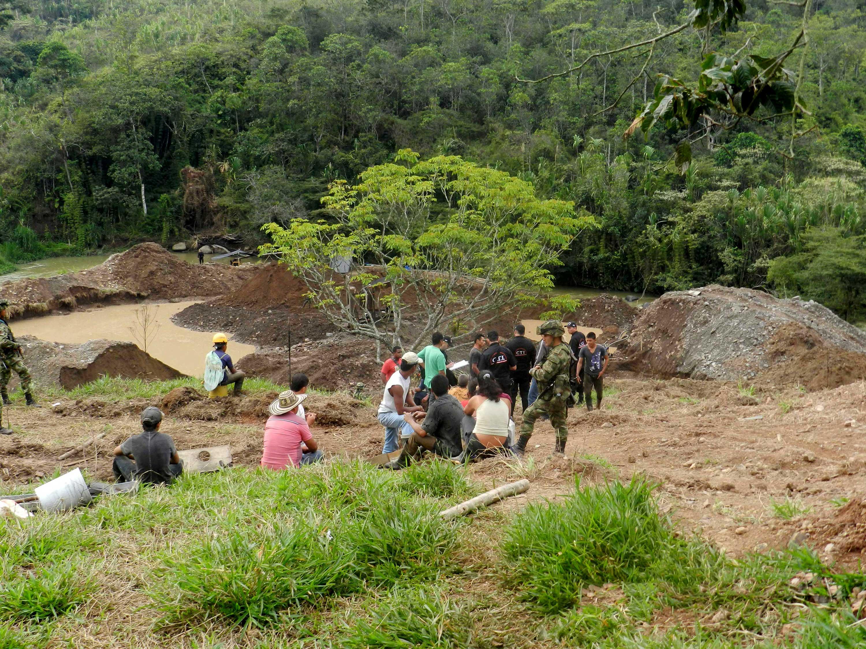 Ejercito ubica nuevos focos de minería ilegal en norte del Cauca