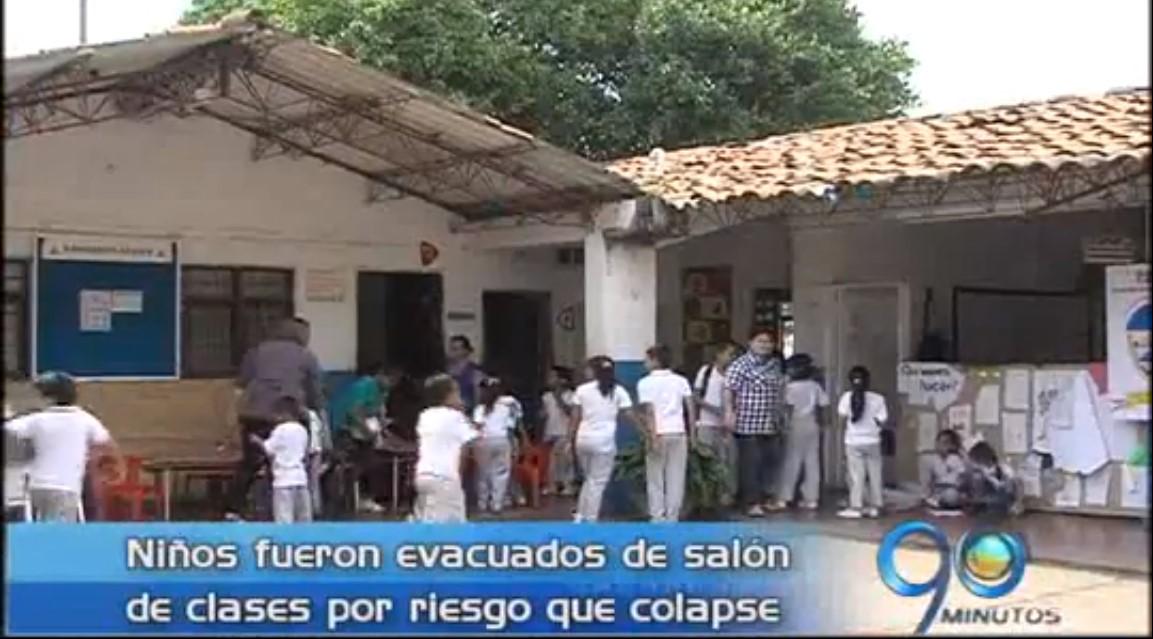 Colegio en Siloé fue evacuado por riesgo de derrumbe