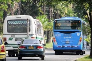 Bloqueo por parte de la empresa buses Coomepal