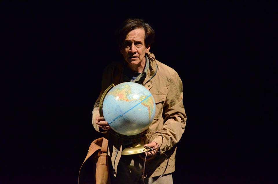 Regresa al teatro El Dictador de Copenhague