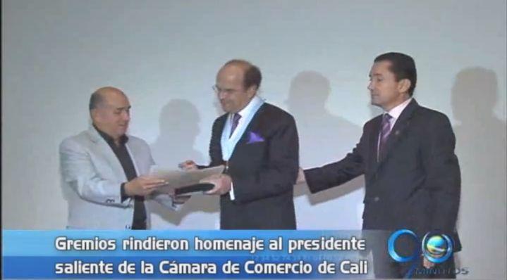 Presidente saliente de la CCC recibió un homenaje
