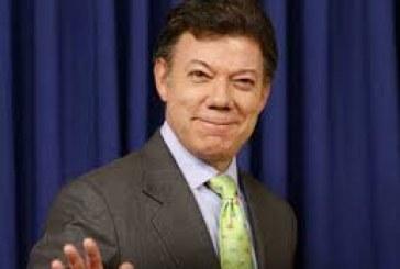 Santos oficializó  su candidatura a la presidencia