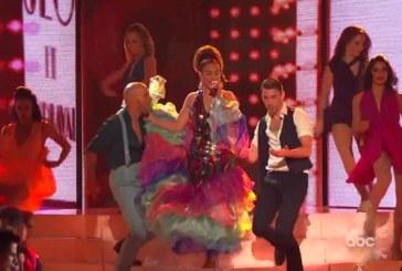 Celia Cruz y  Swing Latino inspiraron el espectaculo de JLO