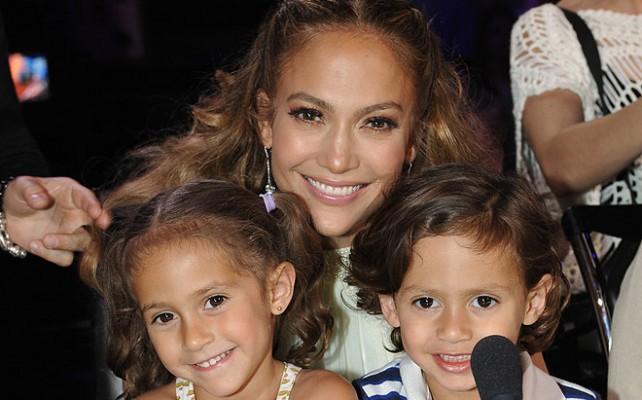Jennifer López será reconocida como Madre ejemplar