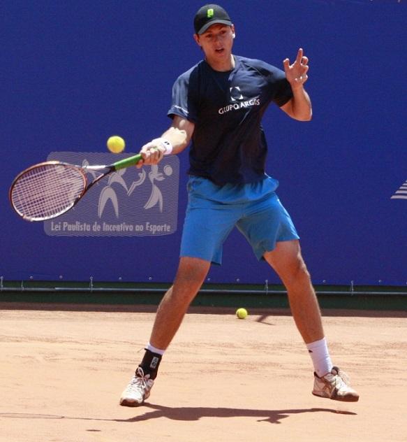 El tenista Alejandro González viajó a Brasil en época de fin de año