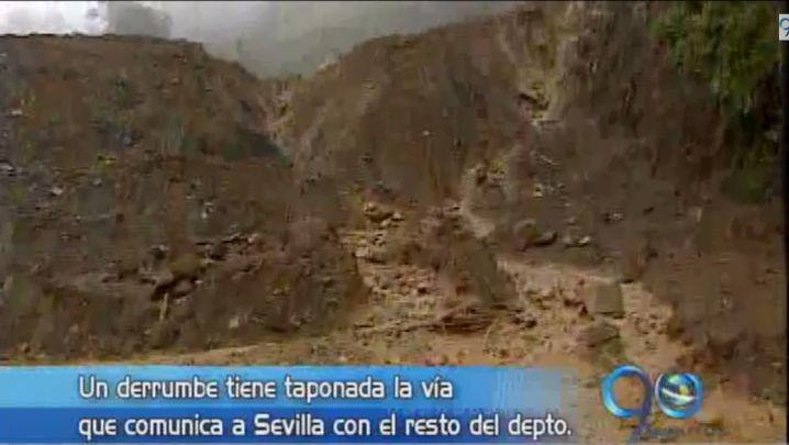 Un derrumbe en la principal vía de acceso tiene incomunicado a Sevilla