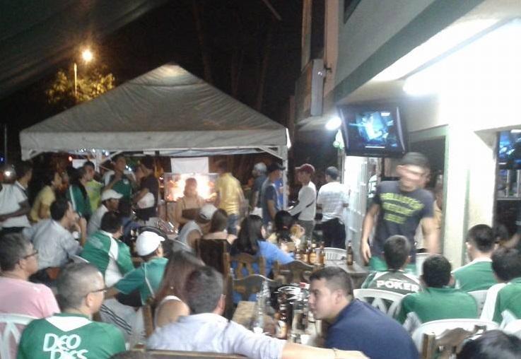 Las calles de la ciudad se vistieron de verde en el primer partido de la final