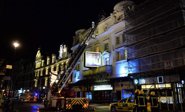 88 heridos deja la caída del techo del Teatro Apollo en Londres