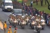 Cortejo fúnebre de Mandela recorre las calles de Petroria