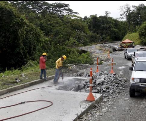 El próximo año inicia con la vía Medellín-Quibdó cerrada