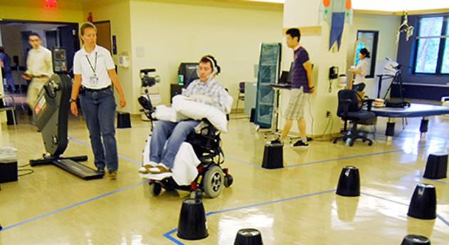 La silla de ruedas se podrá maniobrar con la lengua