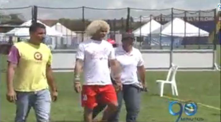 Estrellas del fútbol acompañaron a las víctimas del conflicto en Tuluá