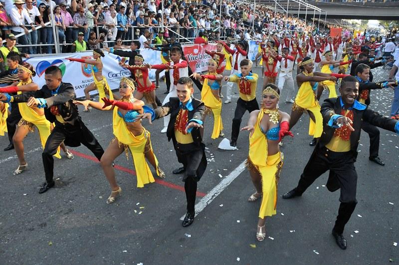Con el´Despertar de un carnaval' se da inicio a la Feria de Cali