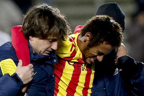 Lesión en el tobillo tendrá a Neymar por fuera de 3 a 4 semanas