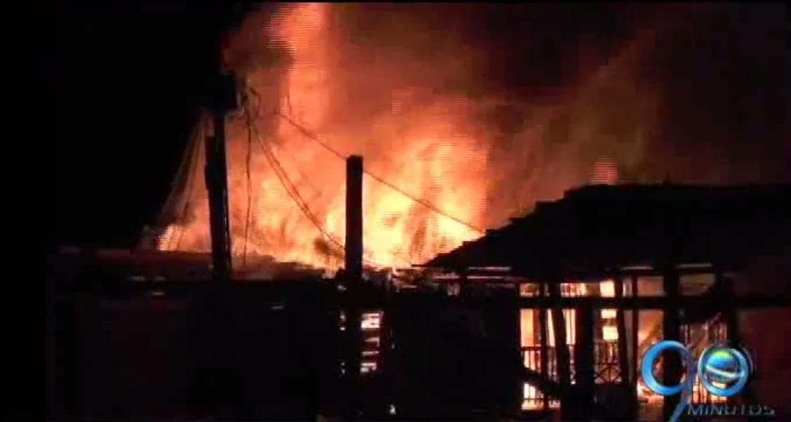 40 viviendas quedaron destruidas por incendio en Quibdó