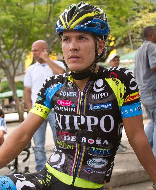Julián Arredondo dio la sorpresa en la segunda etapa del Tour de San Luis