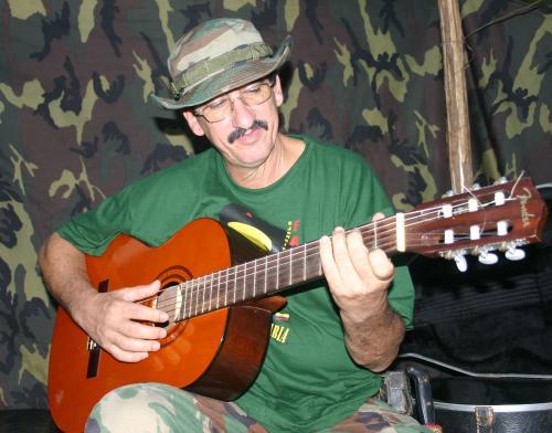 El 'Cantante de las Farc' llega como negociador a La Habana