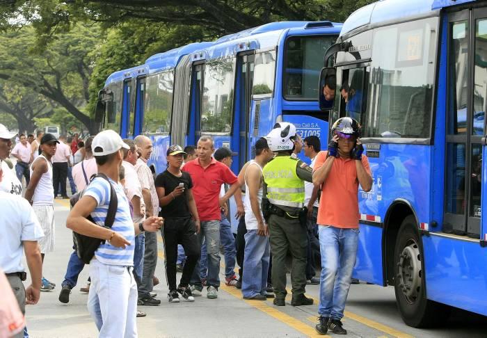 Restablecen servicio del Mío luego de manifestación de empleados del HUV