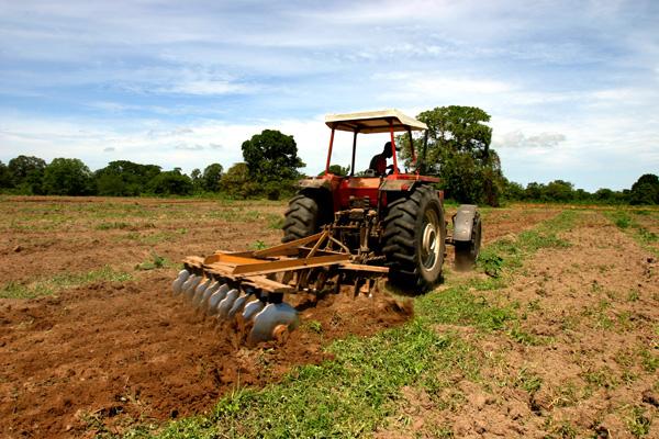 1,05 billones de pesos serán destinados al sector agrario en 2014