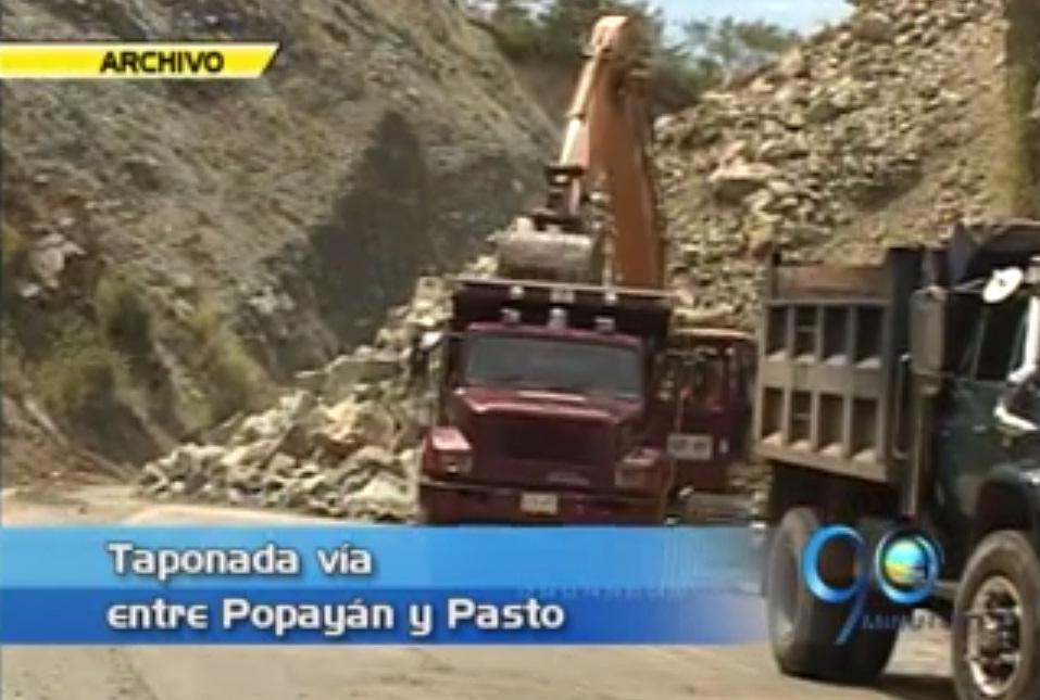 Deslizamiento en el Bordo mantiene cerrada vía Popayán – Pasto