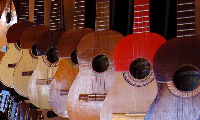 Se entregaron veinte instrumentos a la Casa de Cultura en Tuluá