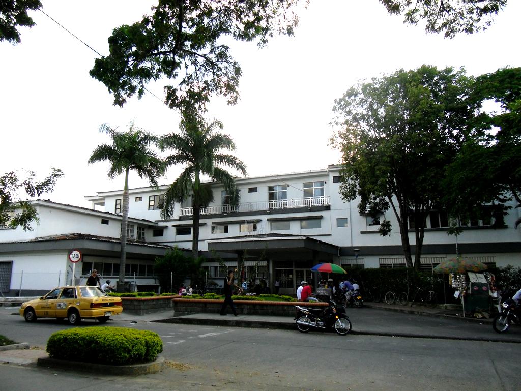 Quinientos mil afectados por paro de empleados del Hospital Tomás Uribe Uribe