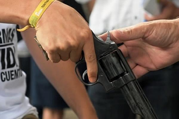 Iglesia católica y comunidad piden que se dé continuidad al Plan Desarme