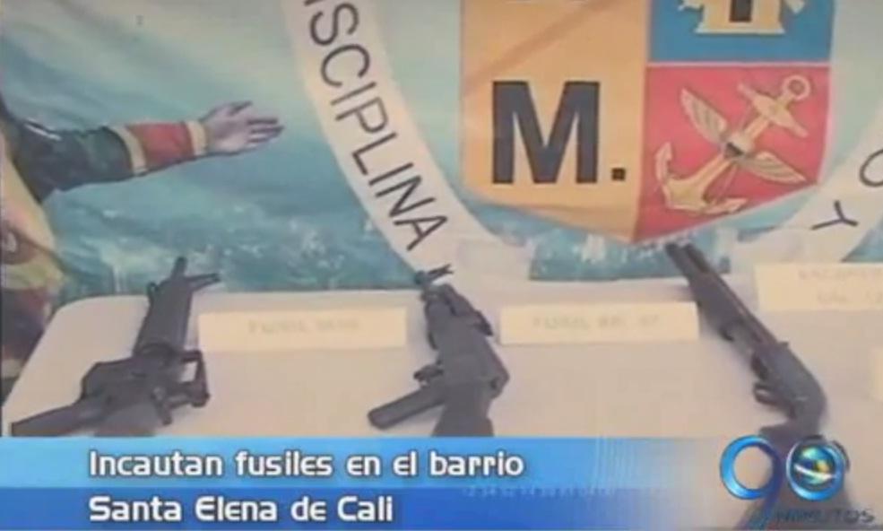 Ejército incautó fusiles en el barrio Santa Elena de Cali