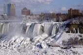 Niágara congelado por vórtice polar que afecta a EE.UU.