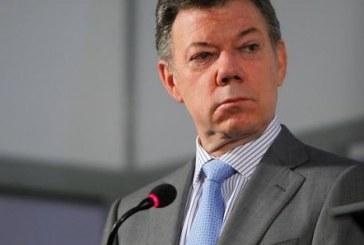 """Santos calificó de """"irracional y contradictoria"""" la forma de actuar de las Farc"""