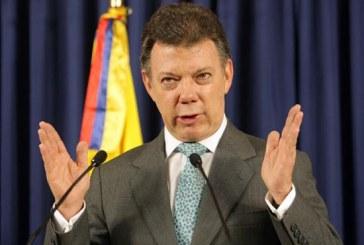Santos niega 'mermelada' denunciada por el uribismo