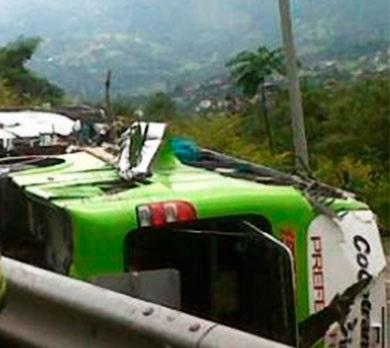 Ocho muertos deja accidente en vía Fusagasugá-Bogotá