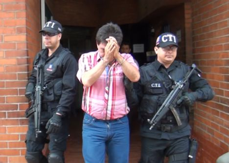 Exalcalde de Buga detenido por celebración indebida de contratos