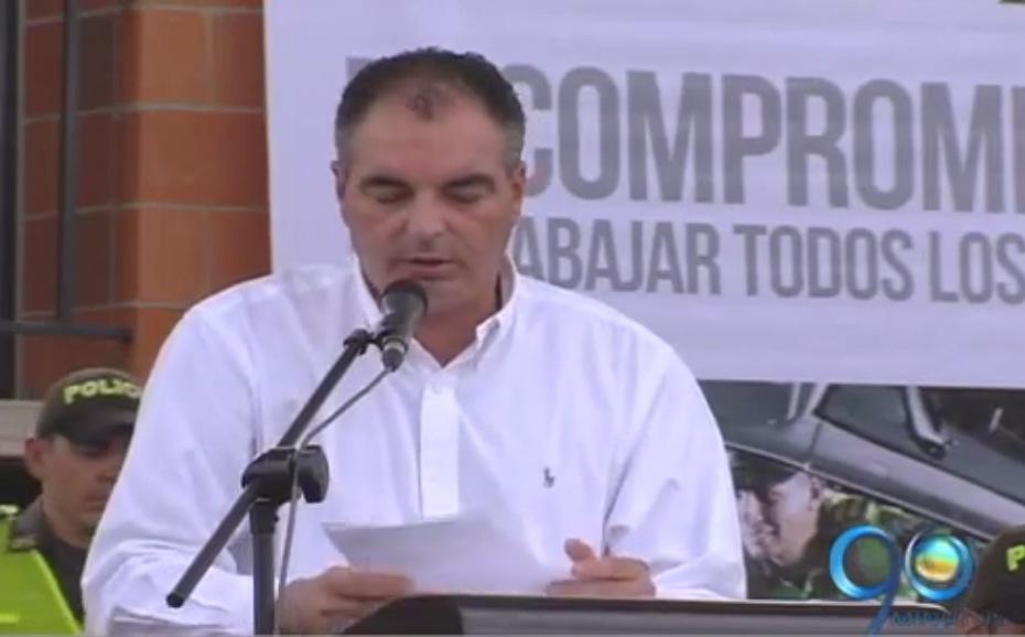 Ministro del Interior realizó entrega de equipos de seguridad en Cali