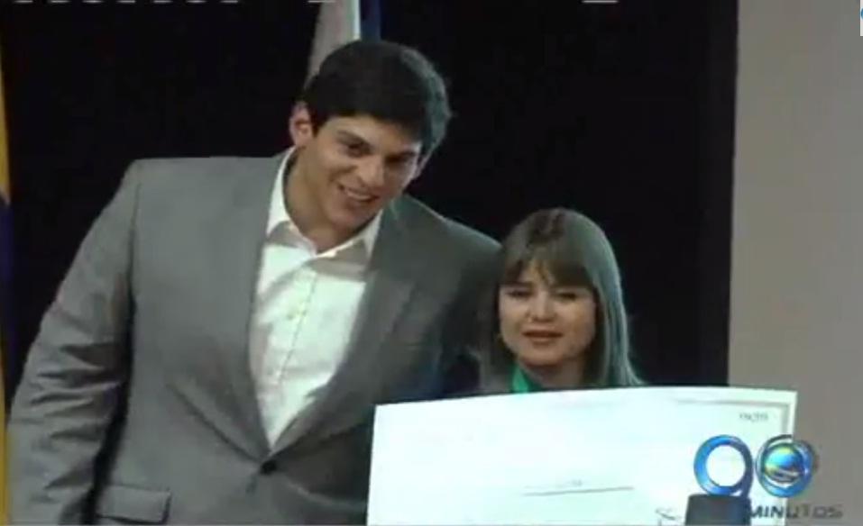 Premio Compartir al Maestro reconoció a rectora y a docente vallecaucanas