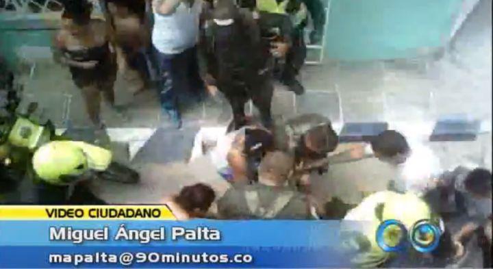 Durante operativos se presentaron asonadas contra la Policía
