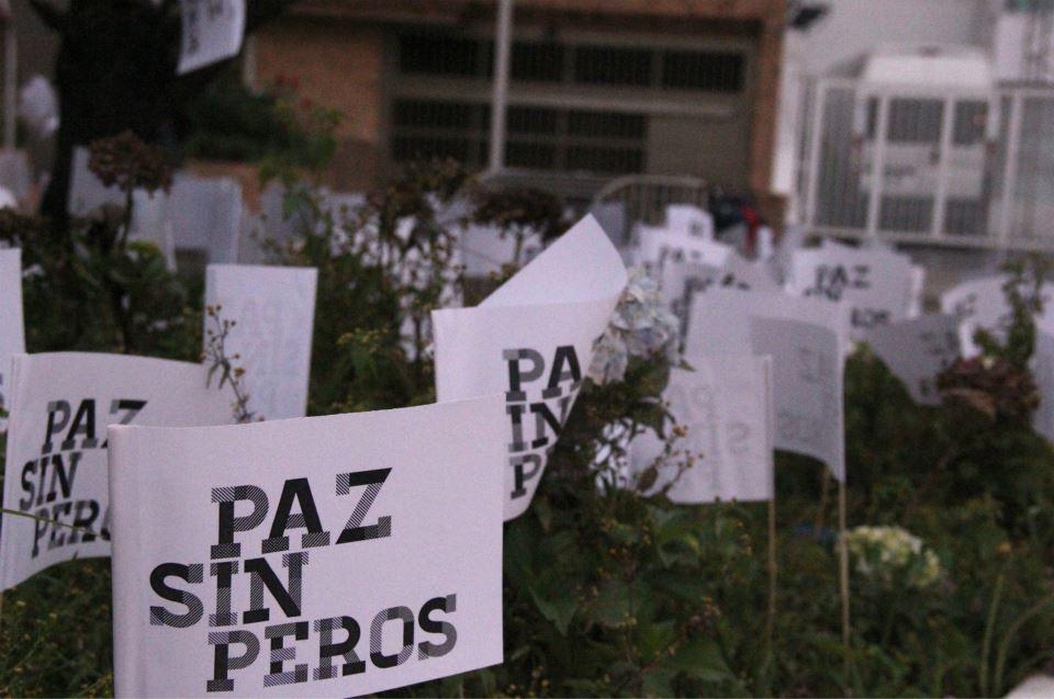 Con 'atentado de paz' rechazan las conocidas 'chuzadas'