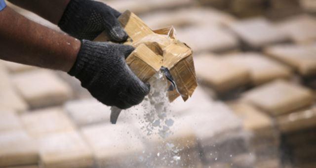 Decomisan paquetes de cocaína avaluados en 80 millones de pesos