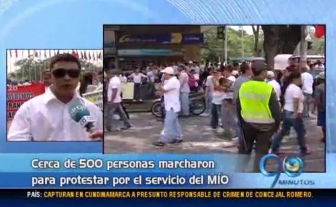 Caleños protestaron contra eliminación de buses tradicionales