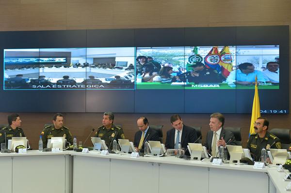 Presidente Santos rechazó interceptaciones ilegales