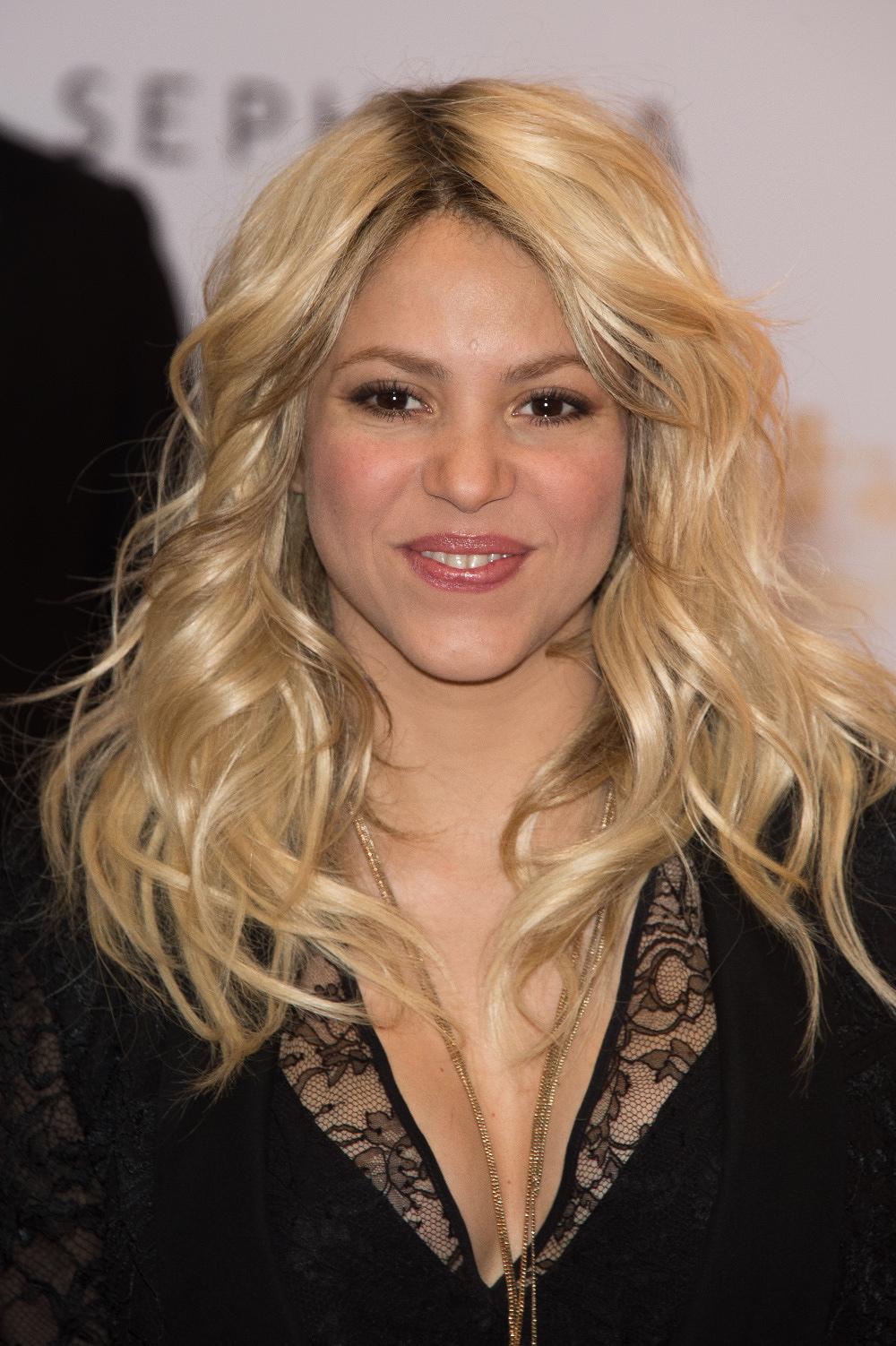 Shakira pide a su natal Barranquilla ser más cívica ante impulso del COVID-19
